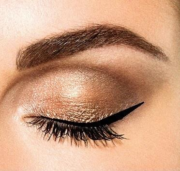 De perfecte winged eyeliner